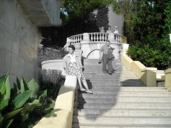48 Лестница к морю