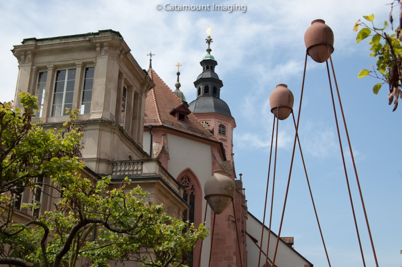 Stiftskirche with pots
