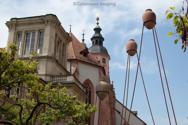 Stiftskirche with pots